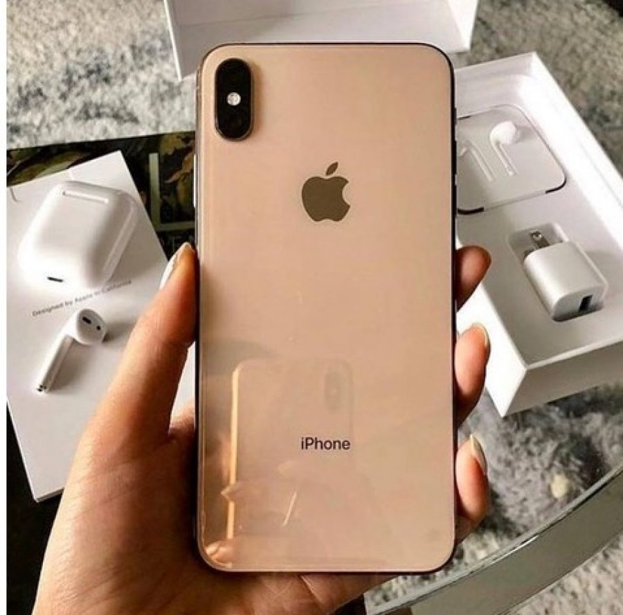 Apple iPhone XS 64GB = €400 ,iPhone XS Max 64GB = €430,iPhone X 64GB Slika